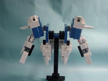 http://lnl.sourceforge.jp/images/lego/v2gundam/ver1/org/DSC01442.JPG