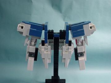 http://lnl.sourceforge.jp/images/lego/v2gundam/ver1/org/DSC01443.JPG
